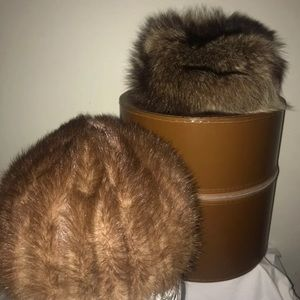 Vintage fur hats with box